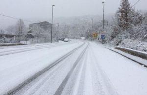dbh2lue3_snijeg_na_cesti