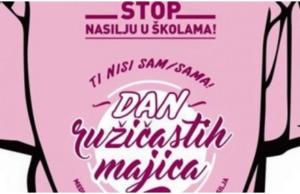 ružičaste majice